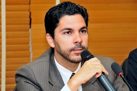 Professor da PIO XII concede entrevista à CBN