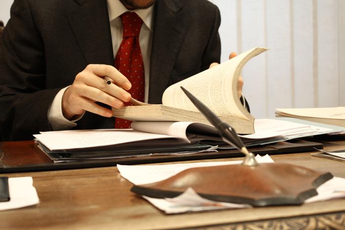 O que você pode fazer ao colar grau em Direito