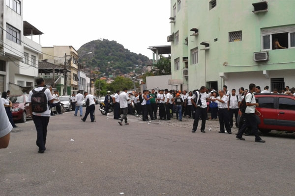 Rodoviários prometem fazer greve na quarta-feira