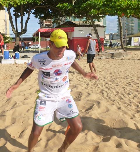 Rodrigo Lacraia joga neste fim de semana em Piúma