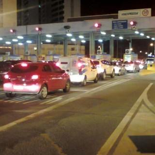 Suspensão do pedágio deve aumentar fluxo de veículos