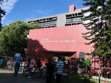 Alunos de Direito podem participar de visita ao Fórum da Serra