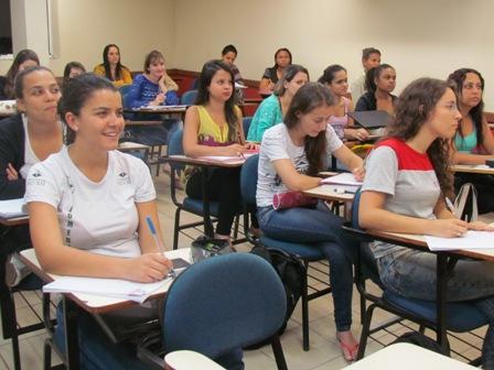 CPA de Biomedicina estuda sugestões de alunos