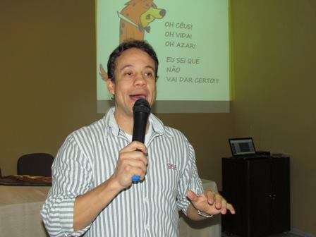 Eurípedes Pedrinha palestra sobre Empreendedorismo na Semana de Administração