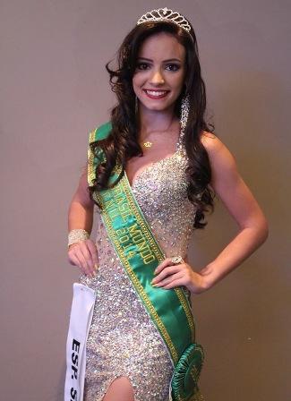 Filha de aluna da PIO XII vence o Miss Brasil Mundo Juvenil 2014