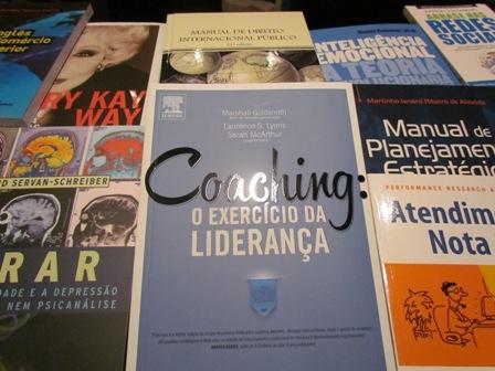 Chegam novos livros para os cursos de Administração, Comércio Exterior e Logística