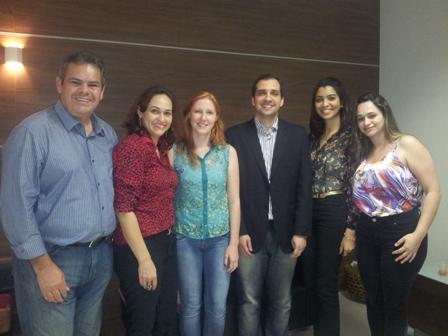Professores e alunos da PIO XII participam de evento da ABRH-ES