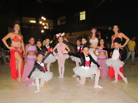 """Dança do Ventre e Balé na """"Quarta Cultural"""" da PIO XII"""