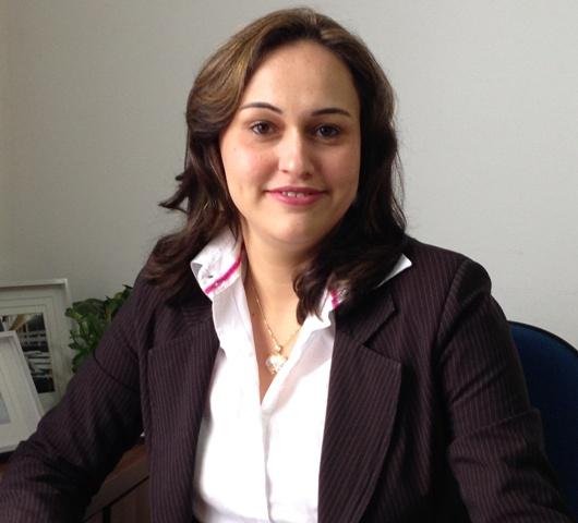 Professora Neidy Christo concede entrevista ao jornal A Gazeta