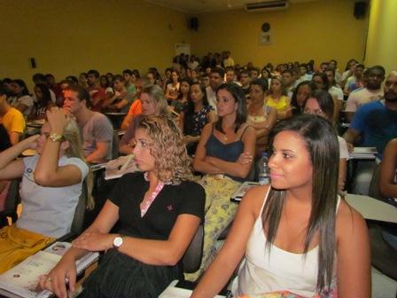 Aula Inaugural motiva alunos que iniciam a graduação