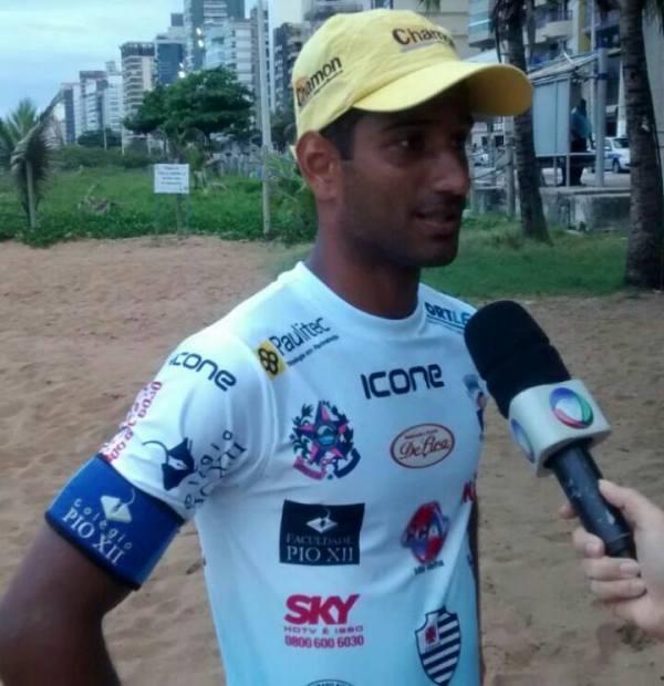 Lacraia concedeu entrevista sobre convocação para o Mundial de Futevôlei
