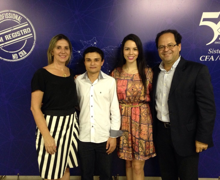 """Acadêmicos da PIO XII recebem prêmio """"Destaque Acadêmico"""""""