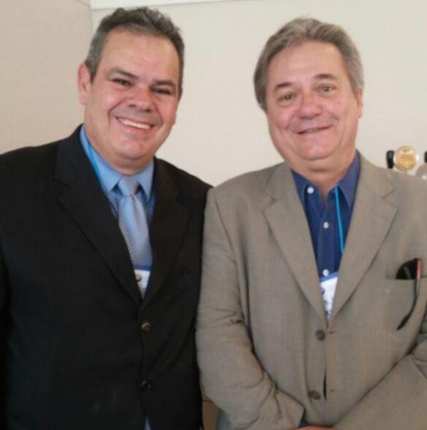 Professor Robson Carlos participa de palestra ministrada por Presidente do Bandes