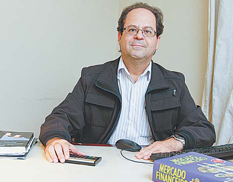 Professor Marcelo contribui e faz análise para principais jornais da Grande Vitória no último fim de semana