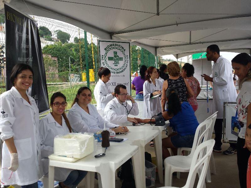 Alunos de Biomedicina e Direito participam de Cariacica + Cidadã