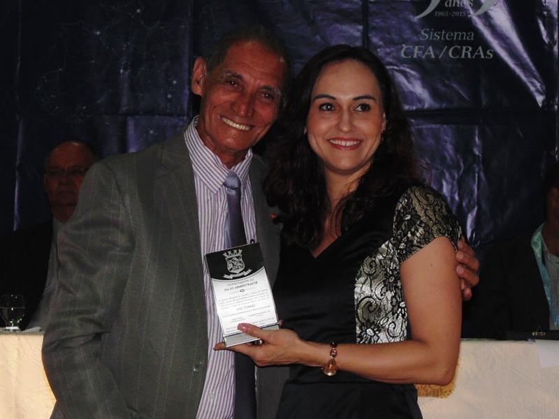 Professora Neidy Christo é homenageada pelo Vereador de Cariacica Seu Pedro