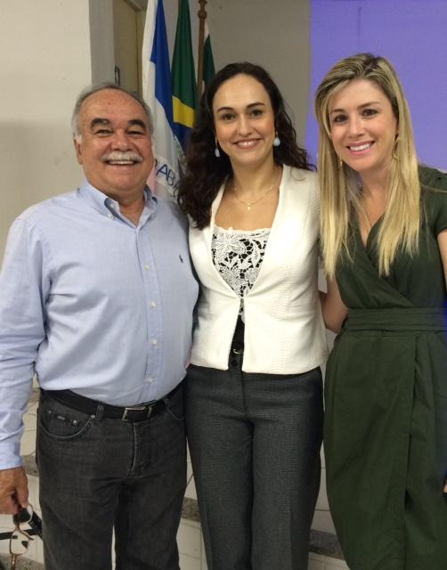 Professora Neidy Christo ministra palestra para empreendedores de Serra
