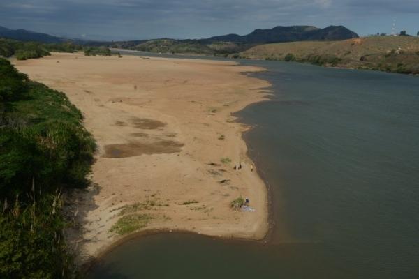 Colégio apoia campanha de arrecadação de água realizada pela cantina da Faculdade PIO XII