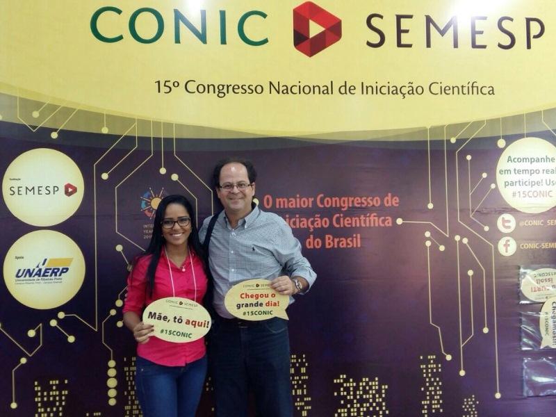 Aluna de Administração apresenta artigo em congresso de São Paulo
