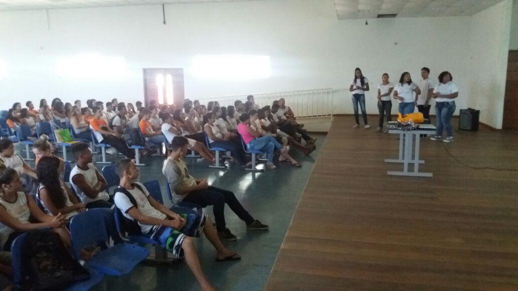 Coordenação de Biomedicina recruta alunos para participar de Projeto de Extensão