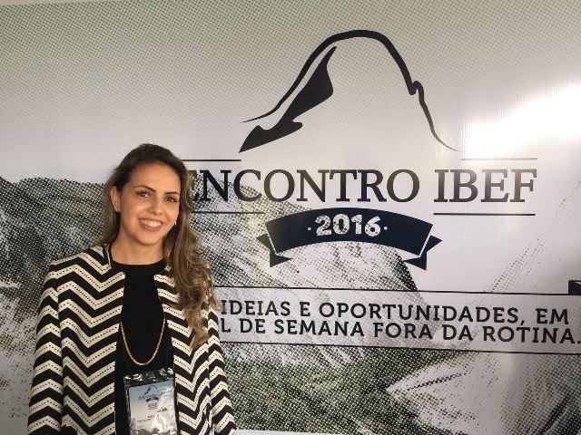 "Coordenadora de Contábeis participa de evento ""IBEF nas Montanhas"""