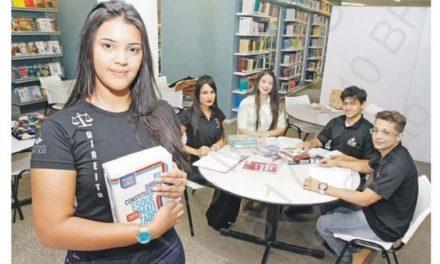 Na mídia: Jovens que estudam e trabalho; cursos tecnólogos e mais