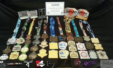 Aluno lutador de Jiu Jitsu recebeu 43 medalhas em 2017