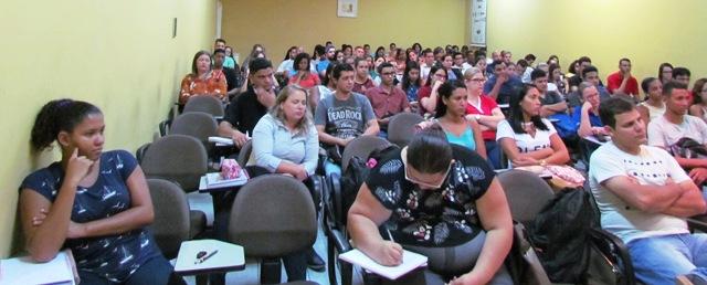 aula-inaugural-calouros-190218-3