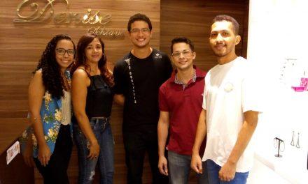 Empresa Júnior realiza ação no Shopping Moxuara