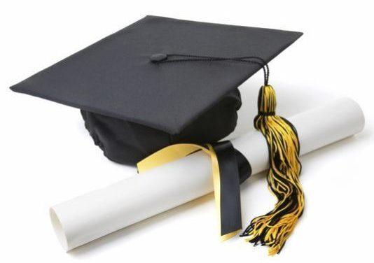 Maioria dos jovens quer obter diploma universitário