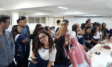 Alunos do Colégio PIO XII conhecem a Faculdade