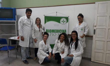 Biomedicina realiza ação na Escola Maria de Lourdes