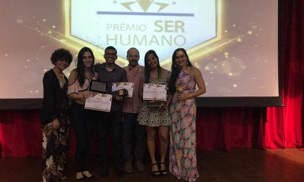 Alunos de ADM da PIO XII recebem Prêmio Ser Humano