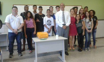 Professor PIO XII palestra em Escola Viva