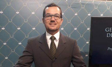 Professor PIO XII é nomeado pela OAB-ES