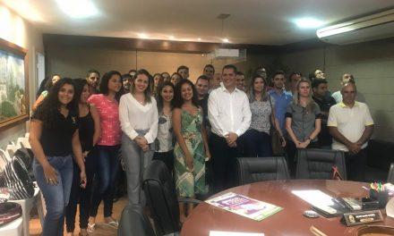 Alunos realizam visita técnica à Prefeitura de Viana