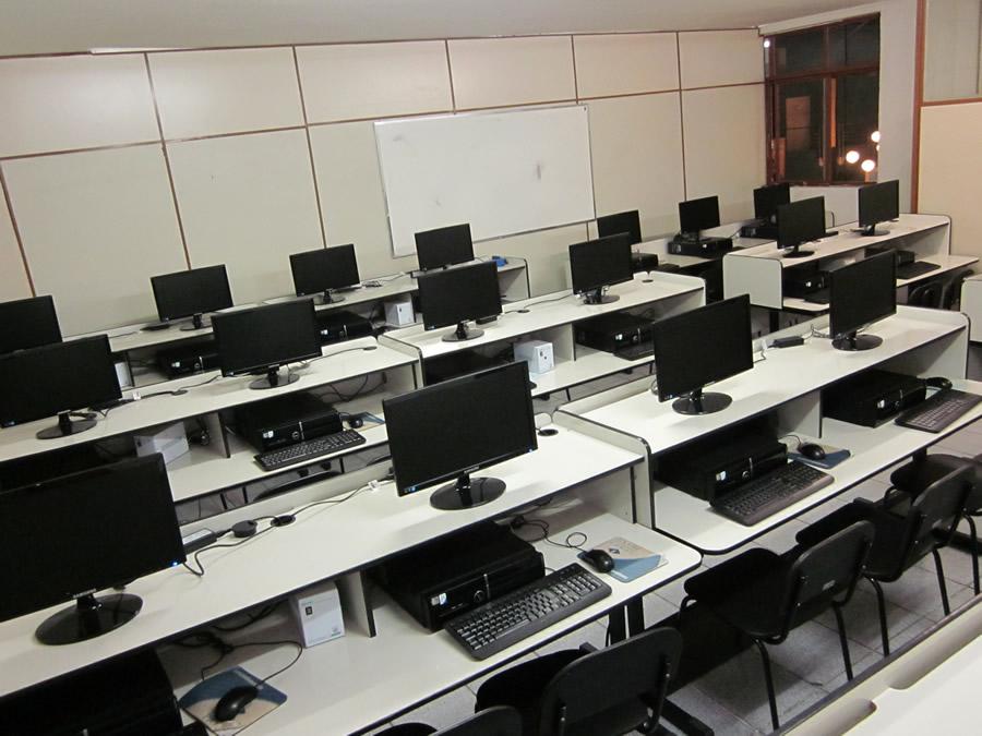 Sala de Informática vai receber melhorias e se tornar acessível