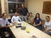 Reunião com alunas que apresentarão artigo no Enangrad