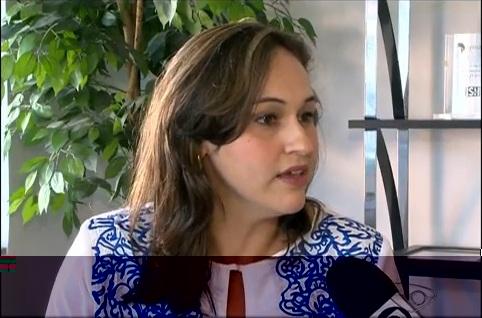 Professora faz análises no Jornal A Tribuna e na Rádio ES