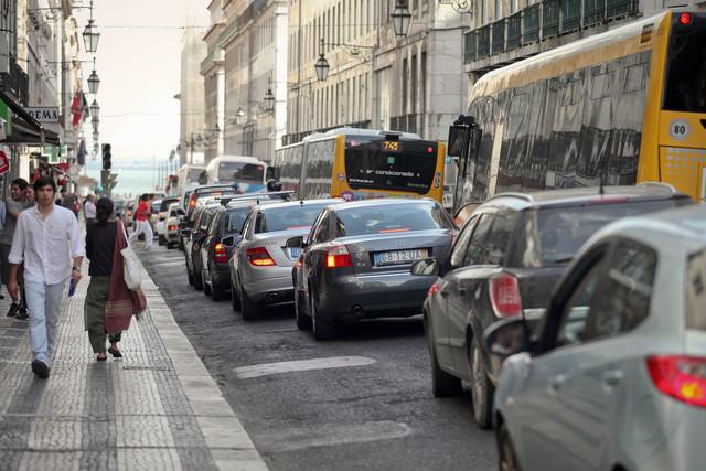 Exportações de veículos apresentam queda em janeiro