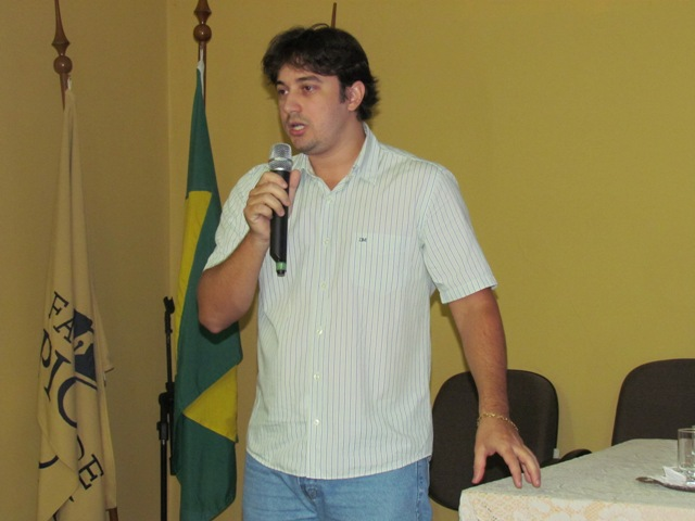 Expertise em Biomedicina com egresso Rafael Martins Zeni