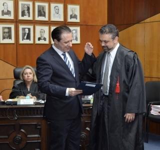 Tribunal de Contas divulga nomes de políticos com fichas sujas