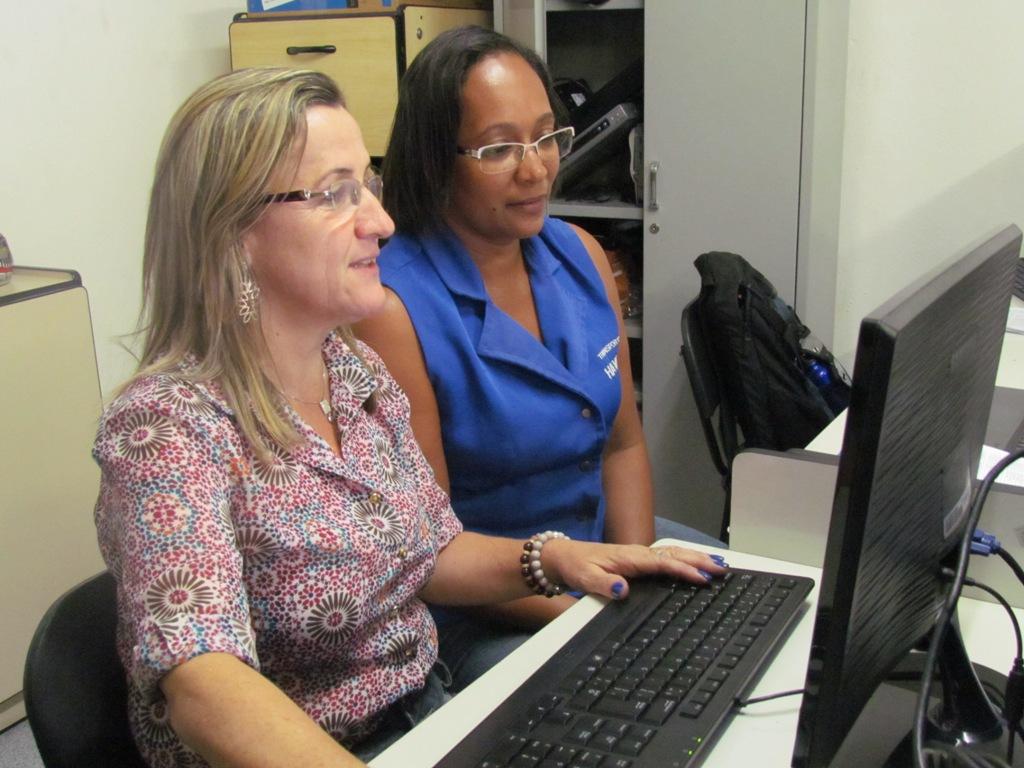 Monitores são selecionados para auxiliar acadêmicos