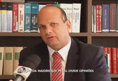 Professores na mídia: Marcelo Loyola dá dicas de financiamento de imóvel e Rivelino opina sobre maioridade penal