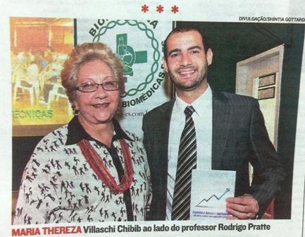 Presidente da PIO XII e Professor estampam foto de Coluna Social