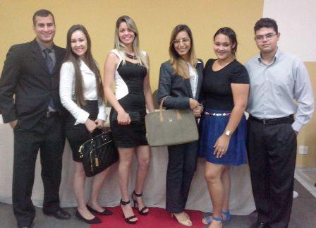 Acadêmicos promovem desfile de Moda Empresarial na PIO XII