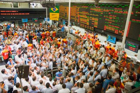 PIO XII realiza visita à Bolsa de Valores de São Paulo. Garanta a sua vaga