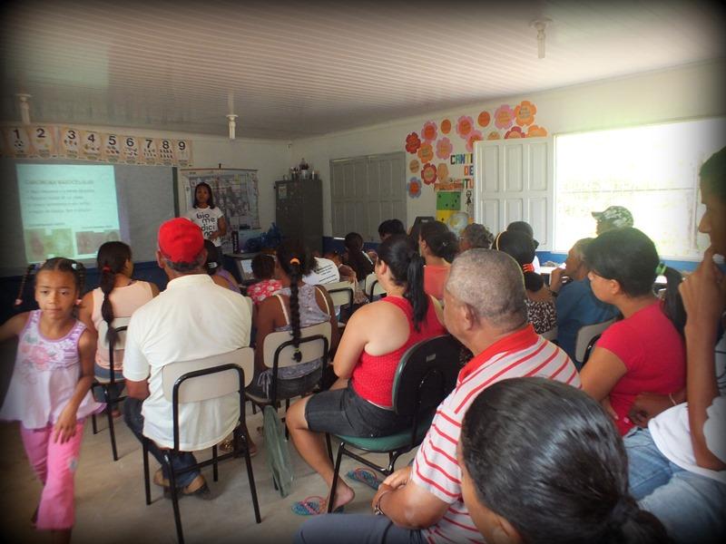 Alunas de Biomedicina ministram palestra de saúde para comunidade de Ecoporanga