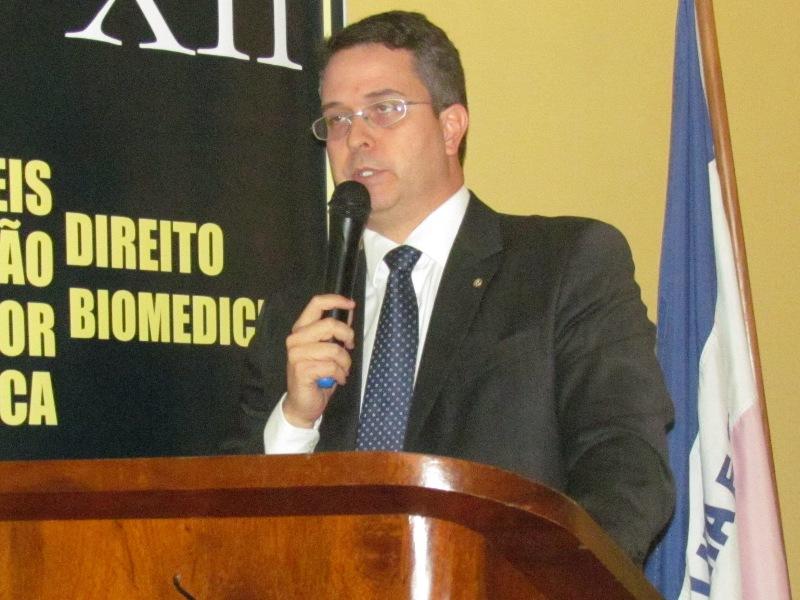 Defensor Público Geral do Estado do Espírito Santo ministra Seminário de Carreiras Jurídicas