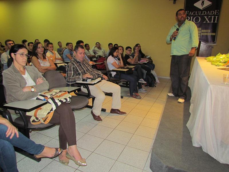 Alunos de Administração organizam palestra com Inspetor Técnico de Manutenção de Vagões da Vale